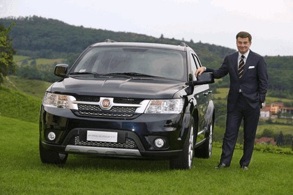 2011 Fiat Freemont 11
