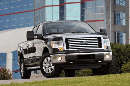 2011 Ford F-150 4