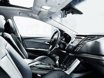 2011 Hyundai i40 station wagon 5