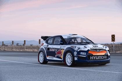 2011 Hyundai Veloster rally car 14