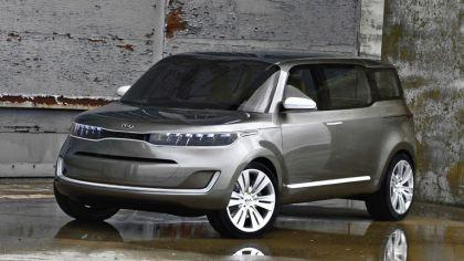 2011 Kia KV7 concept 2