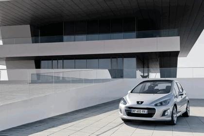 2011 Peugeot 308 5-door 4