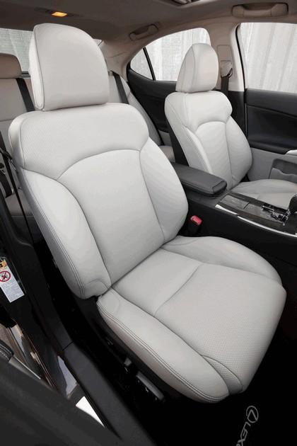 2011 Lexus IS 350 38