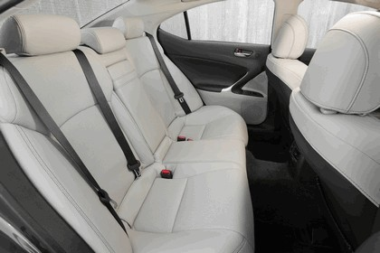 2011 Lexus IS 350 39