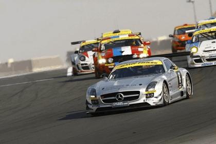 2011 Mercedes-Benz SLS AMG GT3 ( 24-hour Dubai ) 3