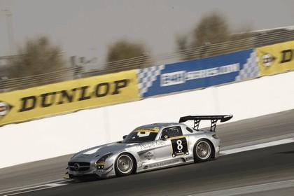 2011 Mercedes-Benz SLS AMG GT3 ( 24-hour Dubai ) 4