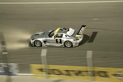 2011 Mercedes-Benz SLS AMG GT3 ( 24-hour Dubai ) 5