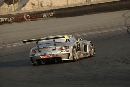 2011 Mercedes-Benz SLS AMG GT3 ( 24-hour Dubai ) 9