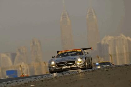 2011 Mercedes-Benz SLS AMG GT3 ( 24-hour Dubai ) 10
