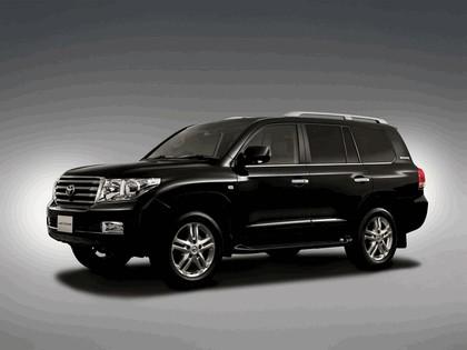 2011 Toyota Land Cruiser 200 60th anniversary 1