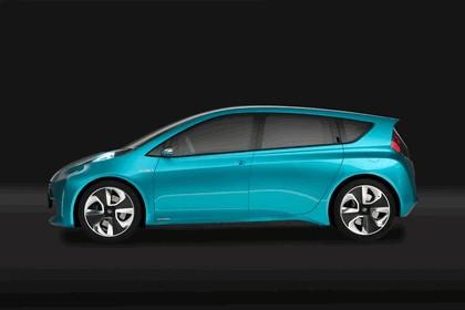 2011 Toyota Prius C concept 6