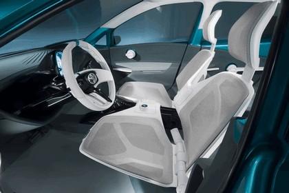 2011 Toyota Prius C concept 17