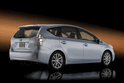 2011 Toyota Prius V hybrid 4