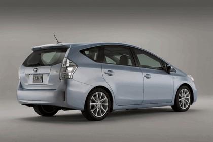 2011 Toyota Prius V hybrid 10