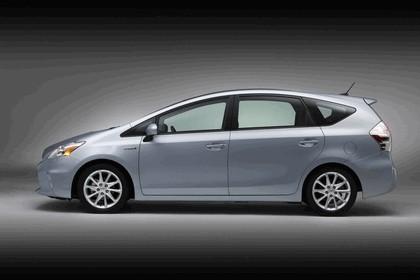 2011 Toyota Prius V hybrid 12