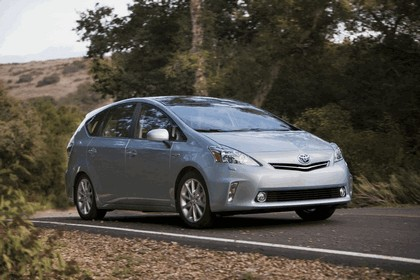 2011 Toyota Prius V hybrid 21