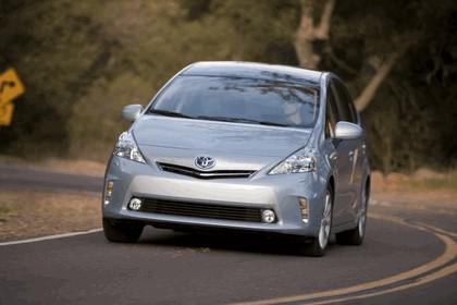 2011 Toyota Prius V hybrid 29