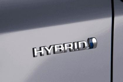 2011 Toyota Prius V hybrid 39