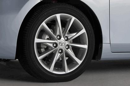 2011 Toyota Prius V hybrid 40