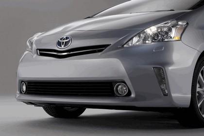 2011 Toyota Prius V hybrid 41
