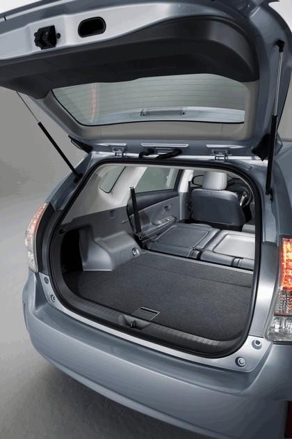 2011 Toyota Prius V hybrid 50