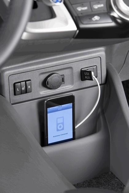2011 Toyota Prius V hybrid 66