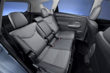 2011 Toyota Prius V hybrid 72
