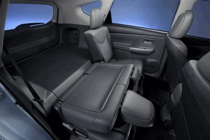 2011 Toyota Prius V hybrid 73