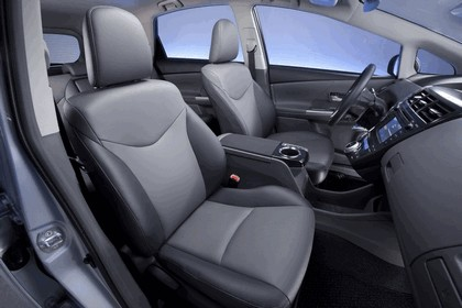 2011 Toyota Prius V hybrid 75