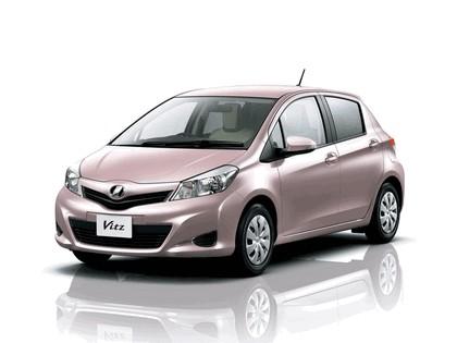 2011 Toyota Vitz 3