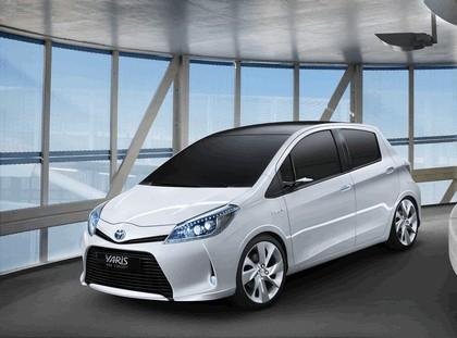 2011 Toyota Yaris HSD concept 1