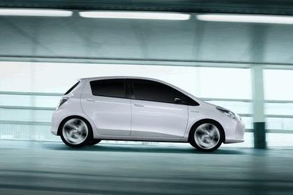 2011 Toyota Yaris HSD concept 6