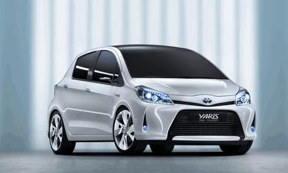 2011 Toyota Yaris HSD concept 9
