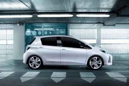 2011 Toyota Yaris HSD concept 11
