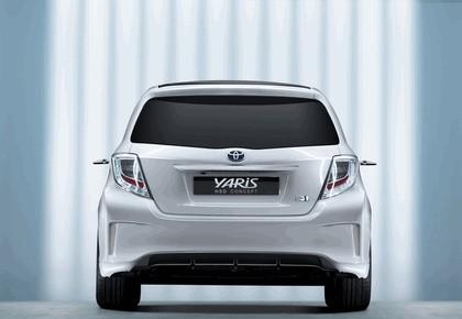 2011 Toyota Yaris HSD concept 17