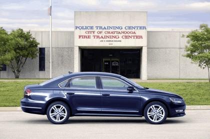 2011 Volkswagen Passat - USA version 4