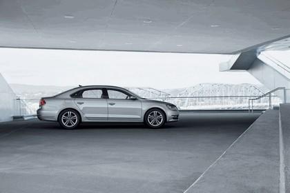 2011 Volkswagen Passat - USA version 9