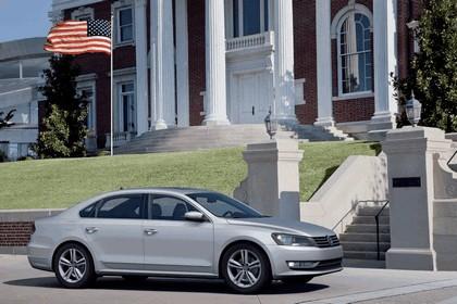 2011 Volkswagen Passat - USA version 14
