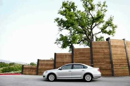 2011 Volkswagen Passat - USA version 15