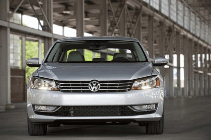 2011 Volkswagen Passat - USA version 18