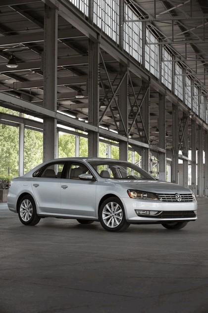 2011 Volkswagen Passat - USA version 20