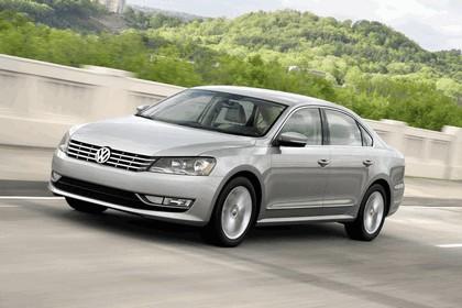 2011 Volkswagen Passat - USA version 26