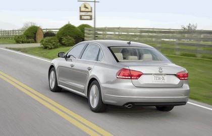 2011 Volkswagen Passat - USA version 30