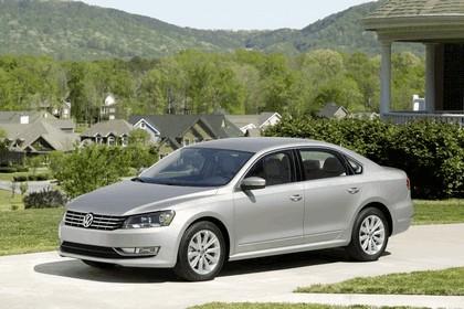 2011 Volkswagen Passat - USA version 32