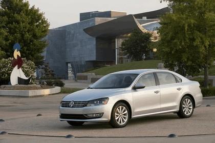 2011 Volkswagen Passat - USA version 33