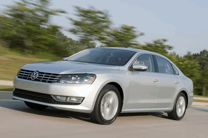 2011 Volkswagen Passat - USA version 37
