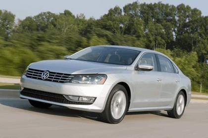 2011 Volkswagen Passat - USA version 39