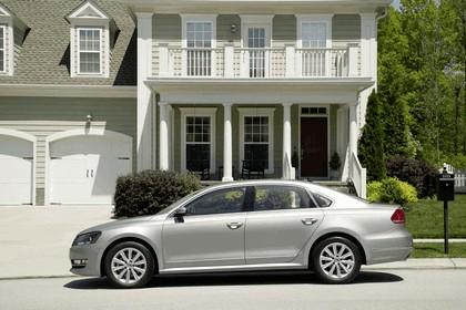 2011 Volkswagen Passat - USA version 43