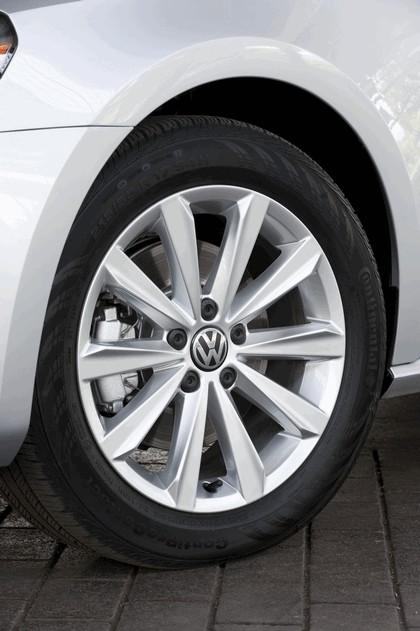 2011 Volkswagen Passat - USA version 49