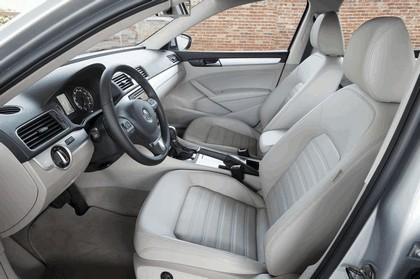 2011 Volkswagen Passat - USA version 53